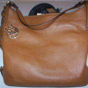 Micheal Kors Tan/Natural Leather Shoulderbag